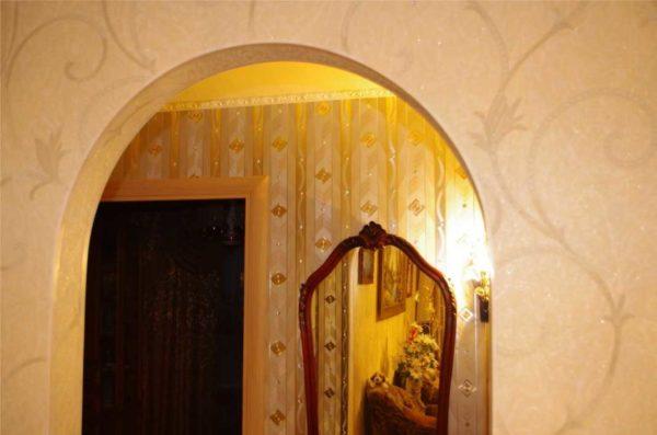 Уголок на внутренний угол стены