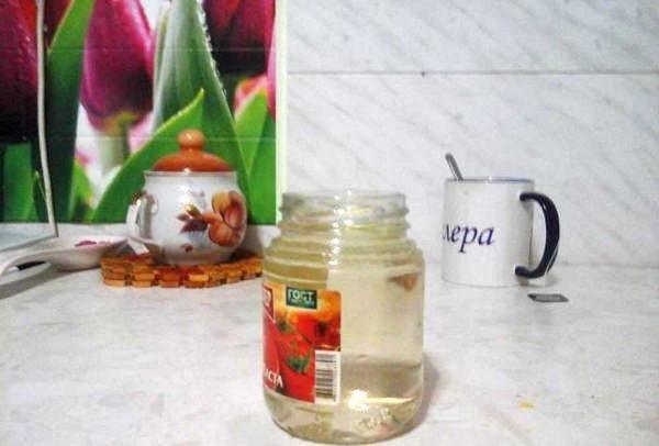 После титанового фильтра вода ничуть не прозрачная