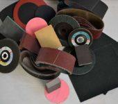 Виды абразивной бумаги: листы, рулоны, круги, ленты и еще специиальные формы для разных насадок