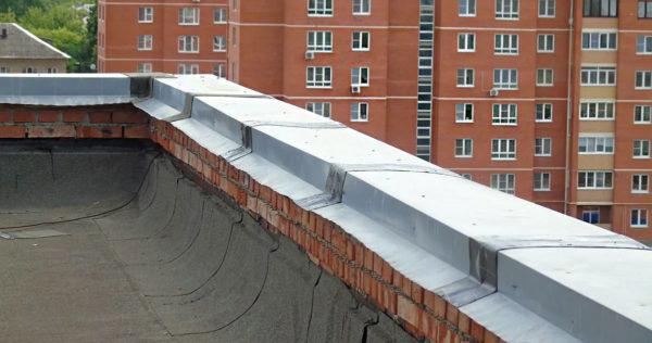 Парапет на крыше 5 этажки