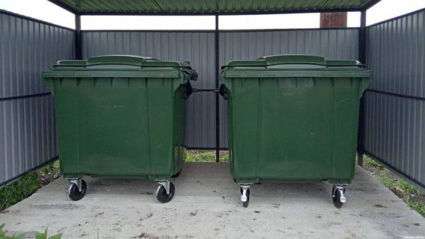 площадка сбора мусора с 2 баками