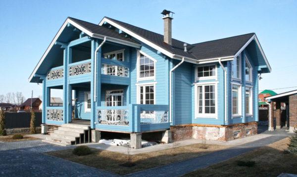 подобранный цвет при покраске дома