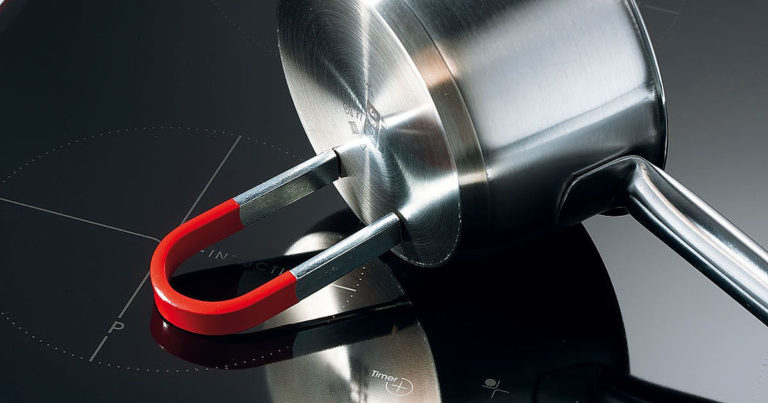 Проверка кастрюли на совместимость с индукционной панелью магнитом