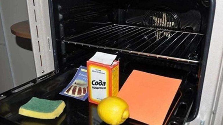 Чистка духовки уксусом и содой