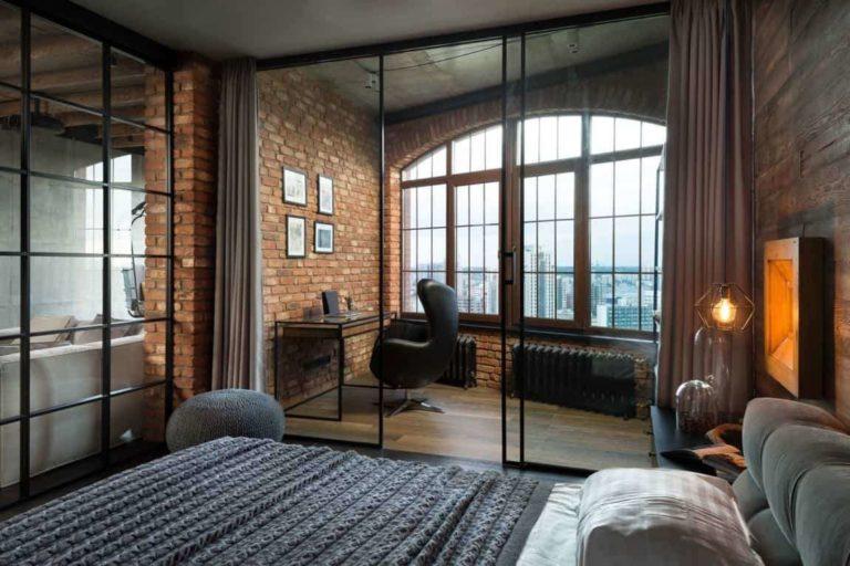 Насколько нужны шторы на двери?